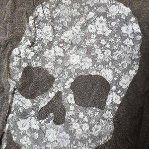 Brandy Melville Tops - Brandy Melville skull top